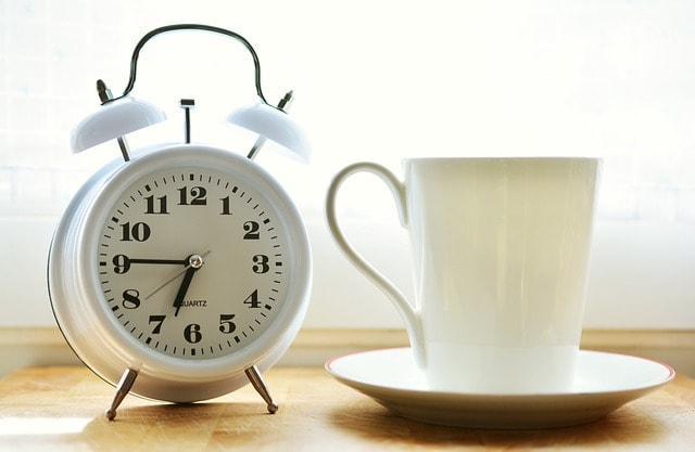 clock-with-a-coffee
