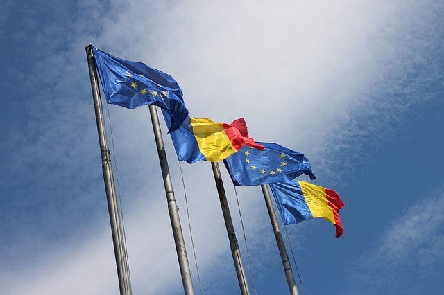 romanian-and-eu-flags